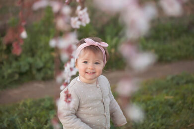 little girl - photography by Aurelie Noyer Photography, family & newborn photographer serving Madrid and Toledo